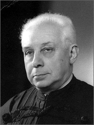 António de Almeida Costa nasceu há 107 anos