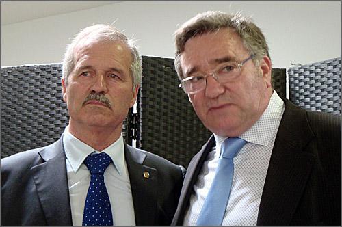 Carlos Gonçalves, proprietário do restaurante, e António Robalo, Presidente da Câmara Municipal do Sabugal