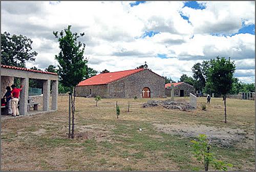 Há 112 anos nasceu nos Forcalhos o capitão José Martins (na foto a capela da Consolação)