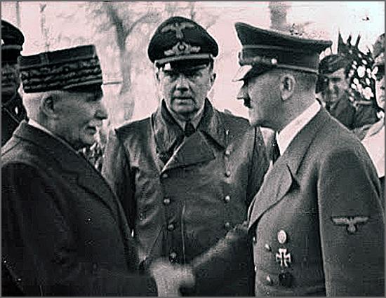 Há 75 anos a França capitulou, dando lugar à República de Vichy (Pétain cumprimenta Hitler)