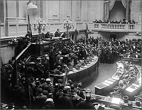 Há 104 anos reuniu a sessão inaugural da Assembleia Constituinte republicana, presidida por Braamcamp Freire