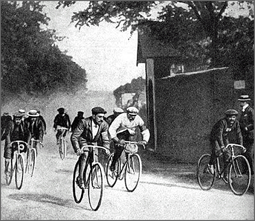 A primeira Volta à França em bicicleta iniciou-se há 112 anos