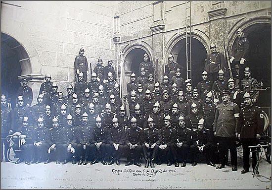 Os Bombeiros da Guarda foram fundados há 139 anos (foto de 1926 quando a corporação celebrou 50 anos)