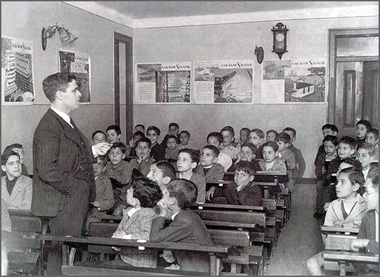 Sala de aulas numa escola antiga