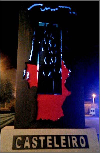 Monumento à Emigração no Casteleiro