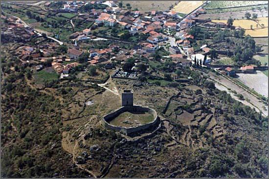 Há 720 anos D. Dinis decidiu invadir Castela (na foto Vilar Maior)