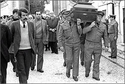 O funeral de Gaspar Castelo Branco, vítima de atentado terrorista