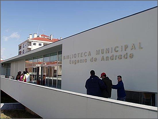 O Clube de Leitura reúne na Biblioteca Eugénio de Andrade
