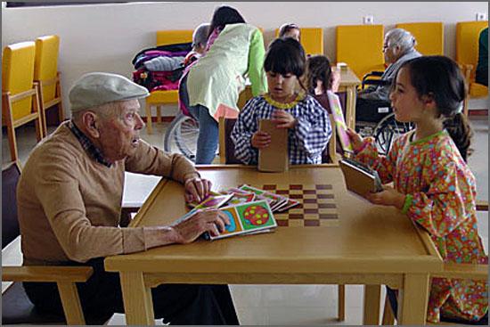 Uma interacção entre novos e velhos