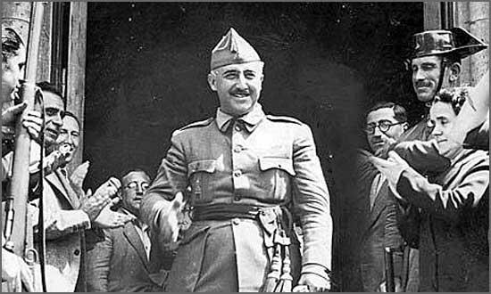 Francisco Franco triunfa em Madrid