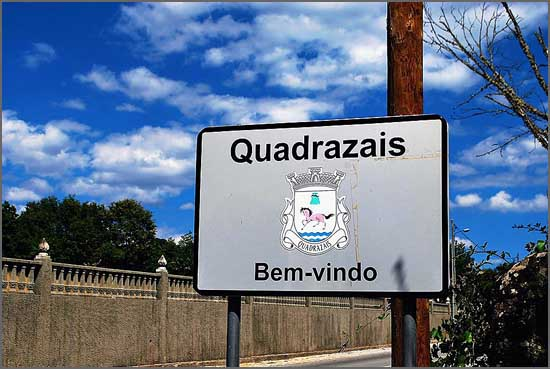 Entrada da freguesia de Quadrazais