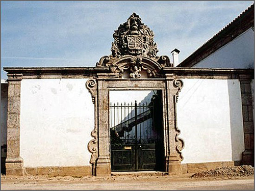 Casa brasonada do Casteleiro