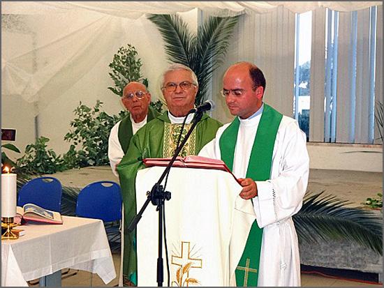 O padre Adalberto Tacanho Saraiva com outros sacerdotes da diocese de Beja