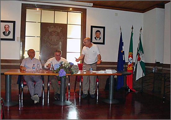 Albino Lopes na apresentação do livro de Tenreira Martins no Sabugal - capeiaarraiana.pt