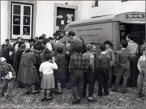 Biblioteca Itinerante da Fundação Calouste Gulbenkian