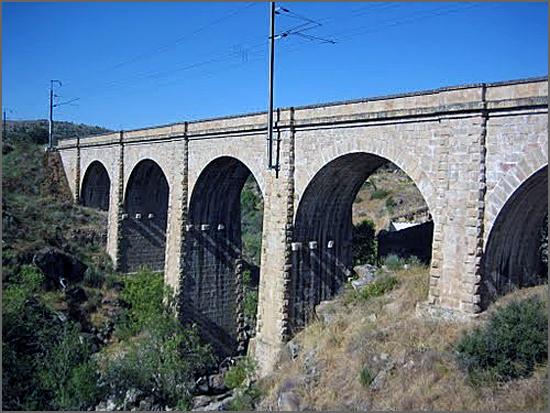Ponte do Engenho sobre o Noémi