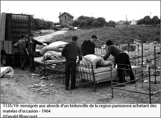 Emigrantes em Paris