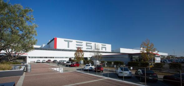 Fábrica Tesla - Capeia Arraiana