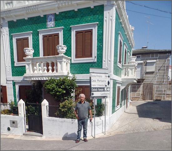 Moita - casa dos azulejos verdes