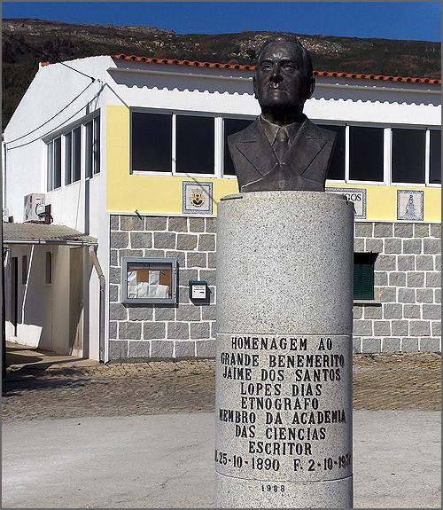 Busto de Jaime Lopes Dias