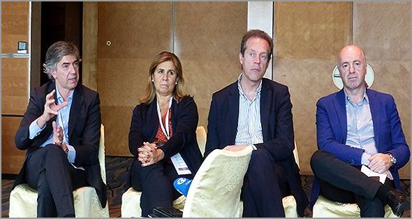 Pedro Machado, do Turismo Centro de Portugal e Fátima Vila Maior, directora da BTL - Capeia Arraiana