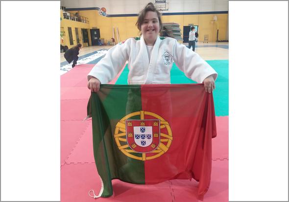 Maria Ribeiro - Capeia Arraiana