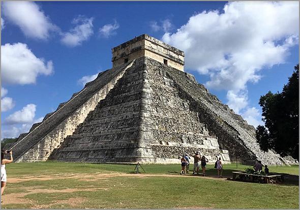 Pirâmides de Chichén Itzá - Uma viagem no tempo - António José Alçada - Capeia Arraiana