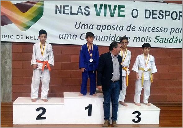 Judocas raianos no podium - Capeia Arraiana