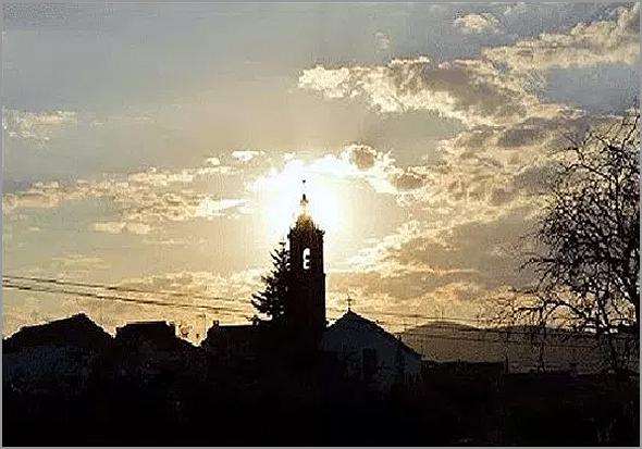 Torre sineira da Igreja Matriz do Casteleiro - Capeia Arraiana