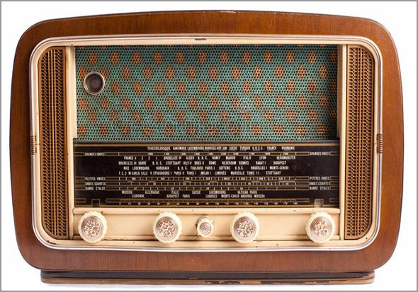 «Acende o Rádio!» e «Apaga o Rádio» - Capeia Arraiana