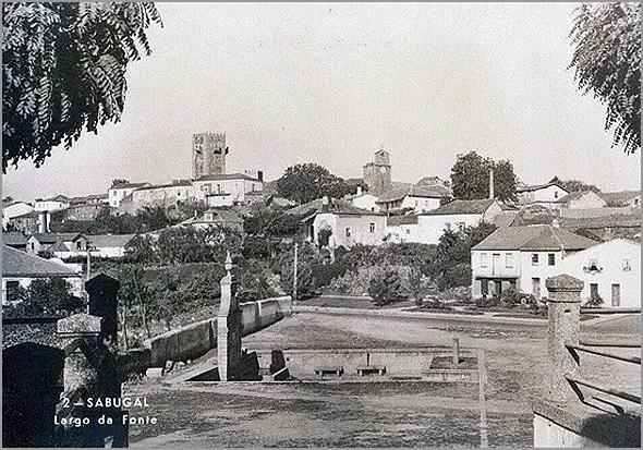 Largo da Fonte no Sabugal - Capeia Arraiana