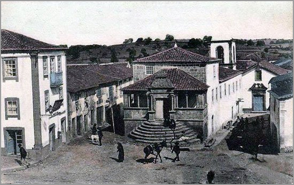 Sabugal antigo - A rua principal e o Solar dos Britos - capeiaarraiana.pt