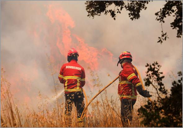 Incêndio de Monchique tomou proporções inacreditáveis - Capeia Arraiana
