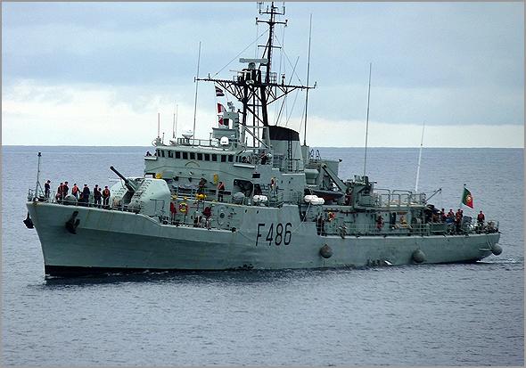 NRP «Baptista de Andrade» (F486) é uma corveta da Marinha Portuguesa. Entrou ao serviço em Março de 1973 - capeiaarraiana.pt