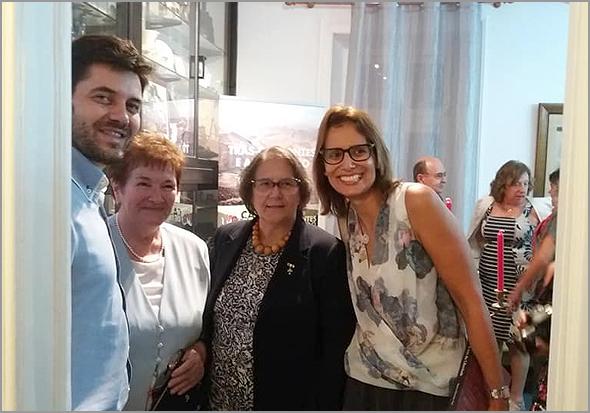 Nuno Gaudêncio e Ana Maria com a escritora - Capeia Arraiana