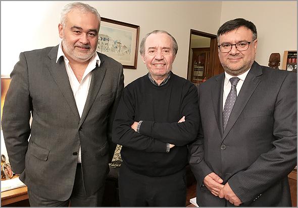 José Carlos Lages e Paulo Leitão Batista com Adérito Tavares (Foto: São Tavares) - Capeia Arraiana