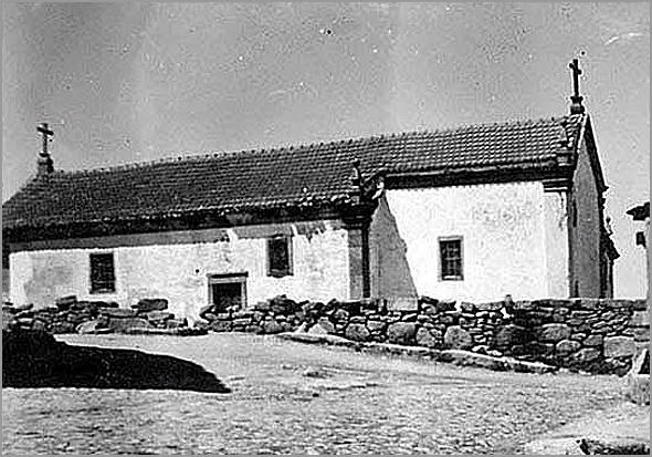 Fotografia antiga da Igreja da Bismula - Capeia Arraiana