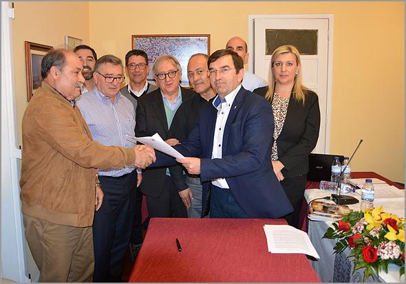Celebração do Protocolo de Cooperação entre a Casa do Concelho e a Câmara Municipal do Sabugal. - Capeia Arraiana