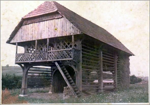 Palheiro em Novo Mesto - Capeia Arraiana