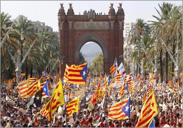 Manifestação pela independência da Catalunha (Foto: D.R.) - Capeia Arraiana