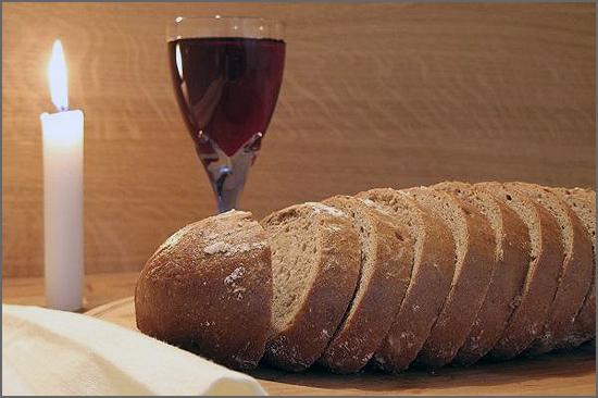 O vinho faz parte do ritual litúrgico