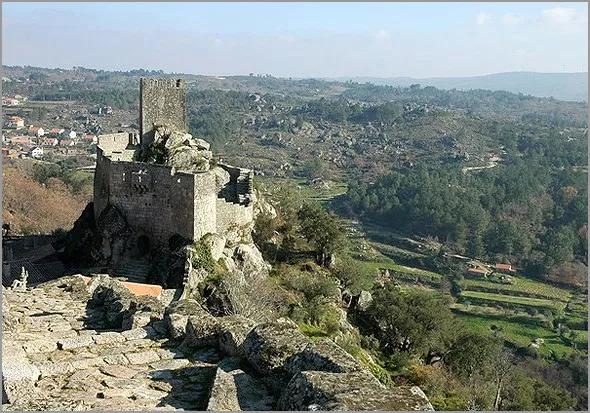 Castelo e Vale de Sortelha - Capeia Arraiana