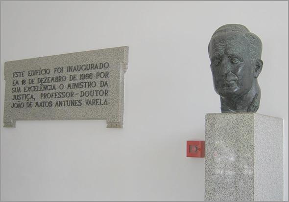 Palácio da Justiça do Sabugal foi inaugurado em 1966 por Antunes Varela - capeiaarraiana.pt