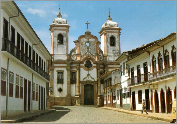 Praça do Tiradentes com o Museu da Inconfidência