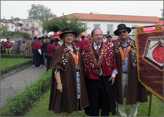 Confrades sabugalenses com o Grão Mestre Joaquim Ferreira