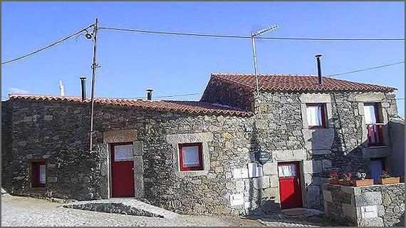 Palheiros do Castelo - Sabugal
