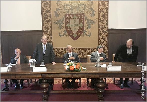 Mesa presidida pelo Presidente da República, Marcelo Rebelo de Sousa