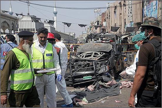 Atentado bombista no Paquistão