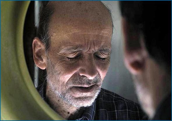 O actor José Lopes morreu, sozinho, numa tenda, sem meios para se sustentar (Foto: D.R.)