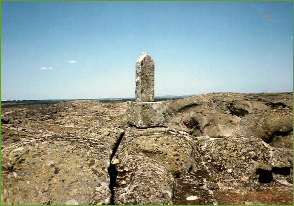 Cruz de João Pinto (Foto de 1992)